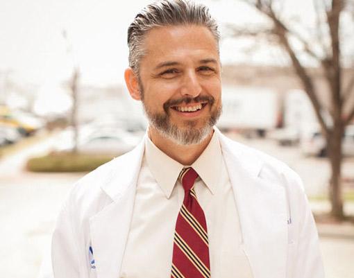 Gregory Kouyoumdjian, Laser Cataract Surgeon